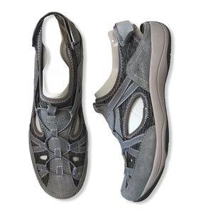 EARTH ORIGINS Skye Sonoma closed toe sandals